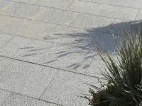 domino_facette_40x40cm_granitgrau